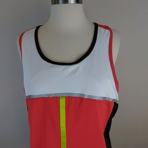 Athletic Top  [Tanks]